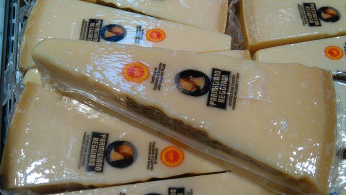 イタリアで大人気のチーズ・パルミジャーノ・レッジャーノ