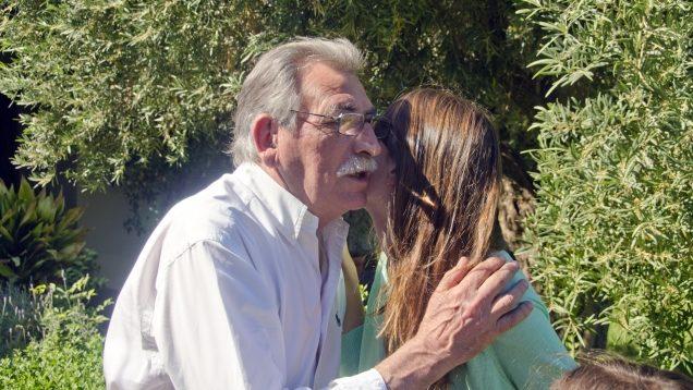 イタリアの挨拶時にする頬と頬を合わせるキス