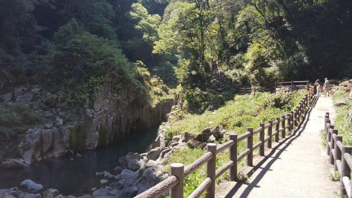 高千穂峡の遊歩道